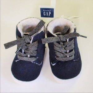 babyGap Blue Suede Baby Shoes Size 2 (3-6 Months)